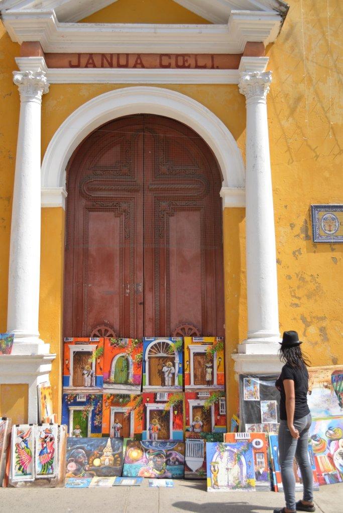 CoverMore_Lisa_Owen_Columbia_Cartagena_Streets