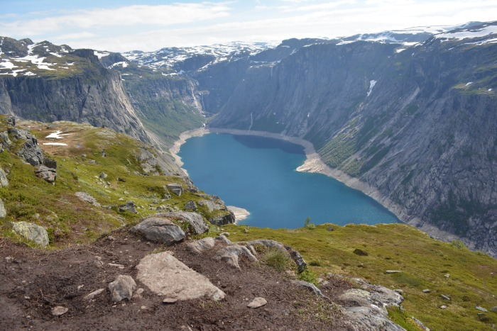 CoverMore_Lisa_Owen_Hike_Trolltunga_Lake.JPG