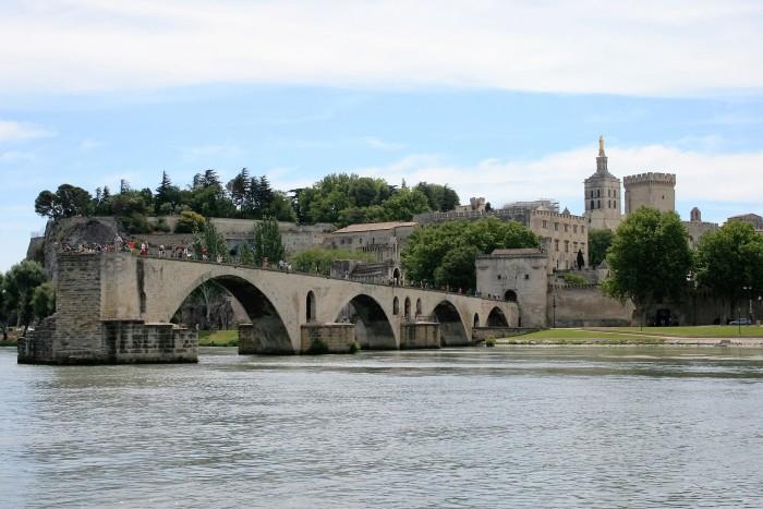 CoverMore_Lisa_Owen_France_South_Avignon.jpg