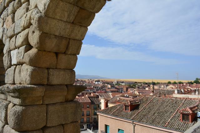CoverMore_Lisa_Owen_Spain_Segovia_Aqueduct_Town.JPG