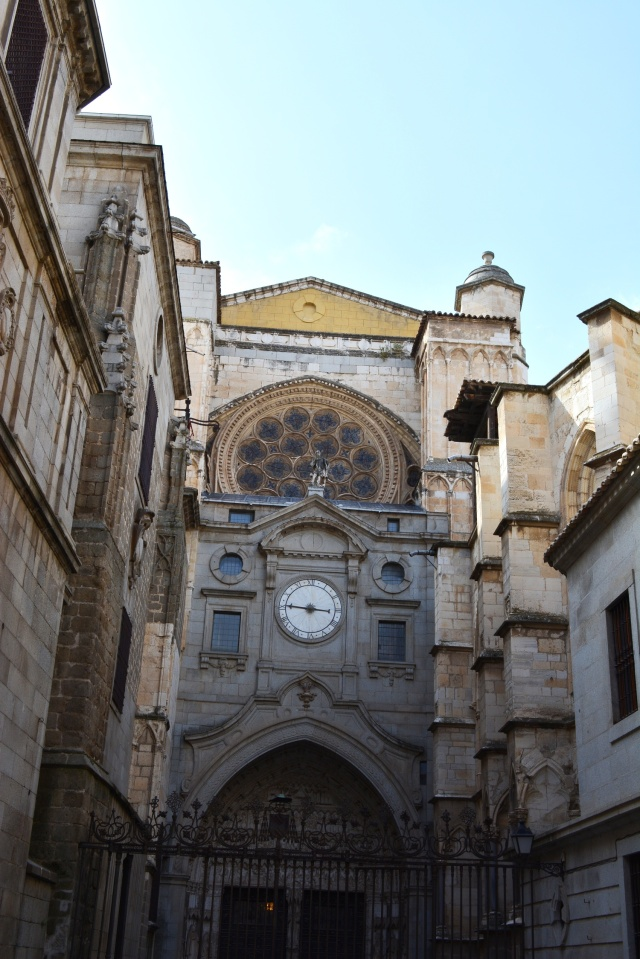 CoverMore_Lisa_Owen_Spain_Toledo_Cathedral