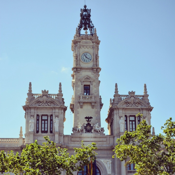 CoverMore_Lisa_Owen_Spain_Valencia_City_Hall.jpg