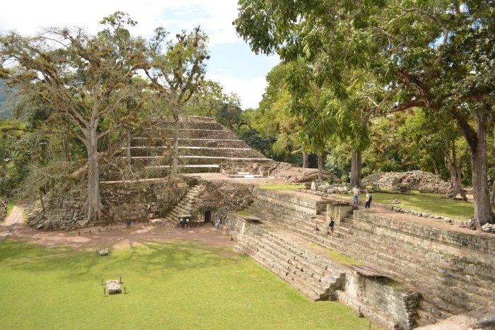 CoverMore_Lisa_Owen_Honduras_Copan_Ruins_Temple.jpg