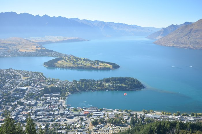 CoverMore_Lisa_Owen_NewZealand_Queenstown_Gondola_View.jpg