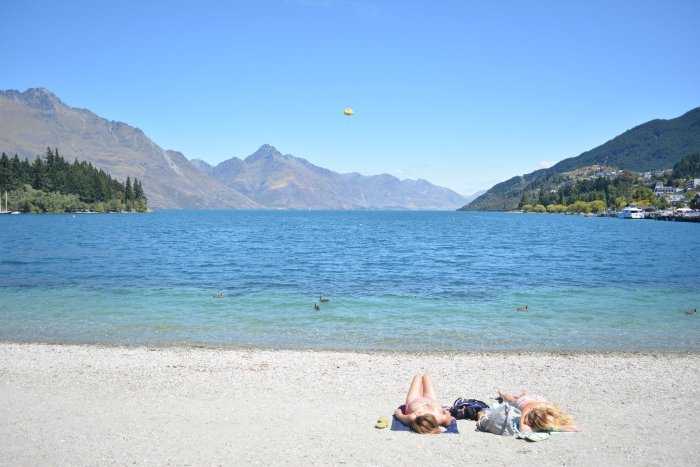 CoverMore_Lisa_Owen_NewZealand_Queenstown_Lakeside