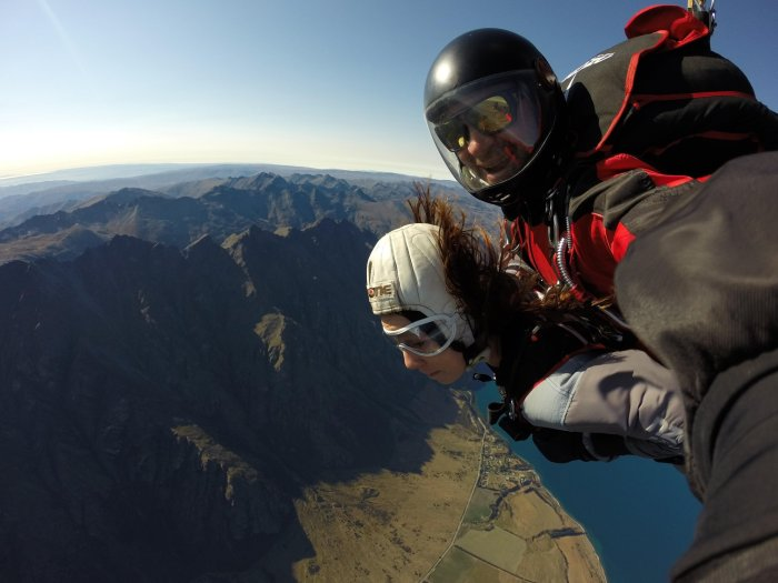 CoverMore_Lisa_Owen_NewZealand_Skydive_Freefall.jpg