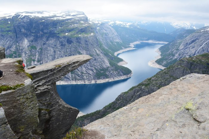 CoverMore_Lisa_Owen_Norway_Trolltunga_Hike_View_Over_Water_Horizontal