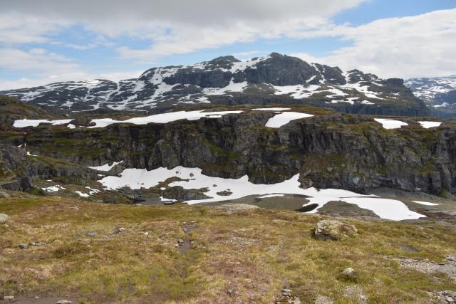 Norway_Trolltunga_Snow_Mountain_Adventure_Junkies.JPG