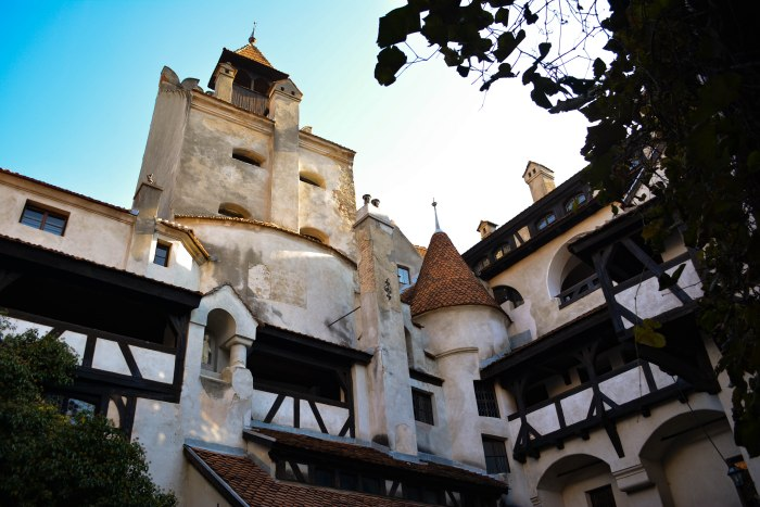 CoverMore_Lisa_Owen_Romania_BranCastle_Outside