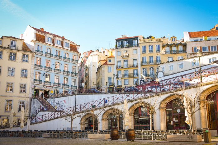 CoverMore_Lisa_Owen_Portugal_LIsbon_Buildings