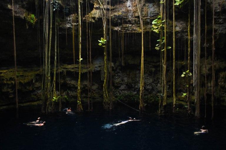 CoverMore_Lisa_Owen_Mexico_Cenotes_Swimming