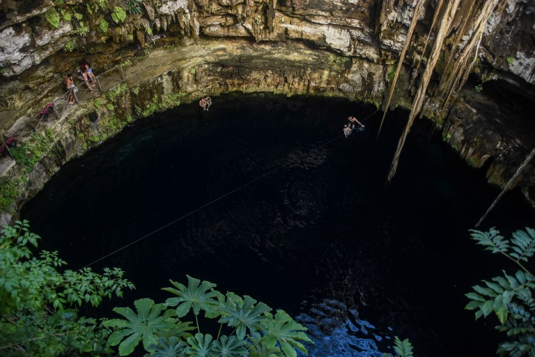 CoverMore_Lisa_Owen_Mexico_MujstSeeDestinations_Cenotes_TopView