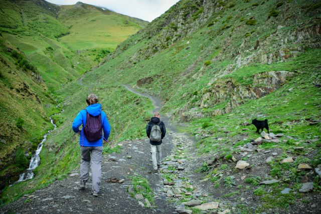 CoverMore_Lisa_Owen_Georgia_Gergeti Hike Up