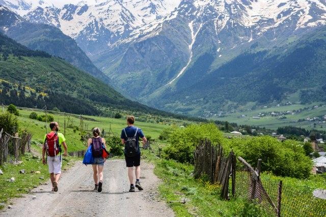 CoverMore_Lisa_Owen_Georgia_Hiking Trail Group