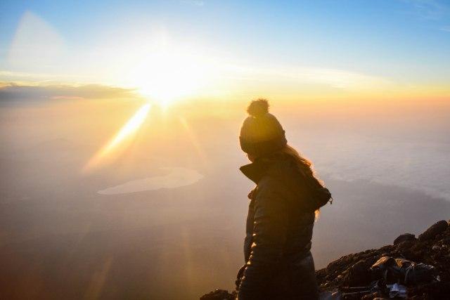 CoverMore_Lisa_Owen_Japan_Mt Fuji Sunrise Lisa