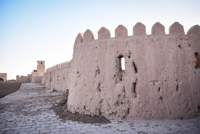 CoverMore_Lisa_Owen_Uzbekistan_Khiva Old City Walls Walk