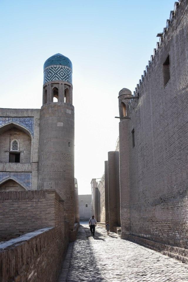 CoverMore_Lisa_Owen_Uzbekistan_Khiva Streets