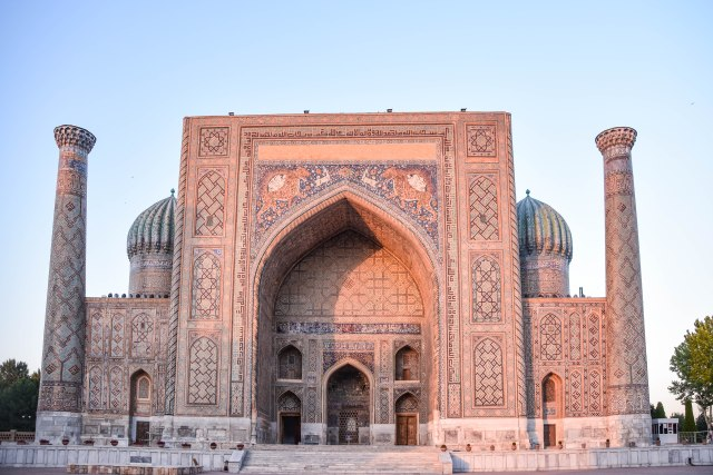 CoverMore_Lisa_Owen_Uzbekistan_Samarkand_Registan Sunset Landscape