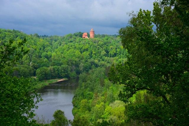 CoverMore_Lisa_Owen_Baltics_Latvia_Sigulda_River viewpoint