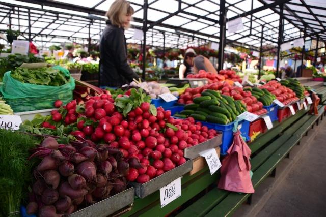 CoverMore_Lisa_Owen_Baltics_Riga Markets