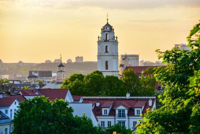 CoverMore_Lisa_Owen_Baltics_Vilnius park view