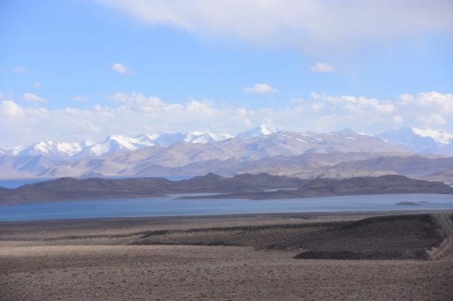 CoverMore_Lisa_Owen_Tajikistan_Lake View Panorama.JPG