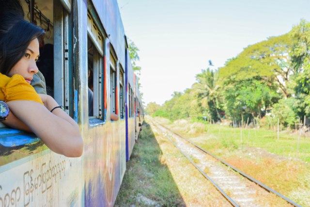 CoverMore_Lisa_Owen_SEAsia_TrainTravel