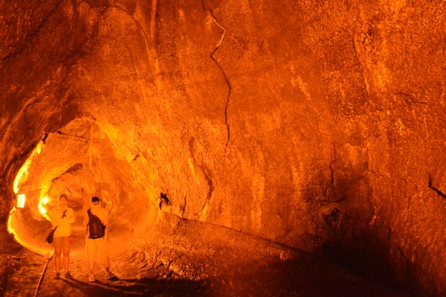 CoverMore_Lisa_Owen_USA_Hawaii_Big_Island_Lava_Tube - Copy