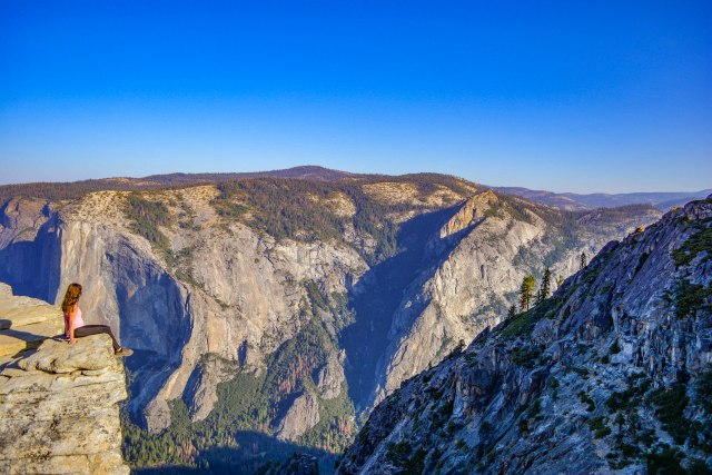 CoverMore_Lisa_Owen_USA_Yosemite_Taft_Cliff.jpg