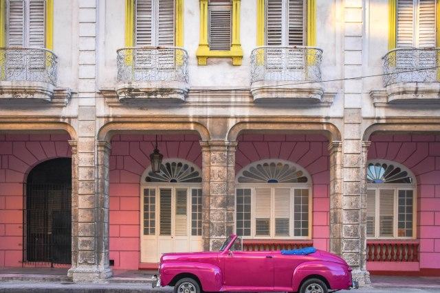 CoverMore_Lisa_Owen_Cuba_Classic Car
