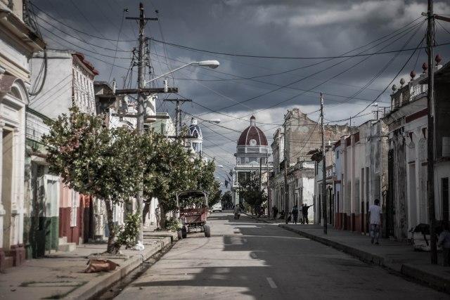 CoverMore_Lisa_Owen_Cuba_Streets